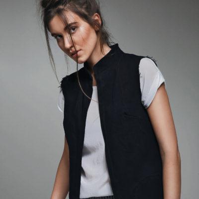 Naive Black vest